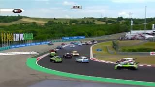 2017 Hungaroring, TCR massive crash at the start of round 12