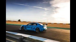 The stars of Lynk & Co Cyan Racing